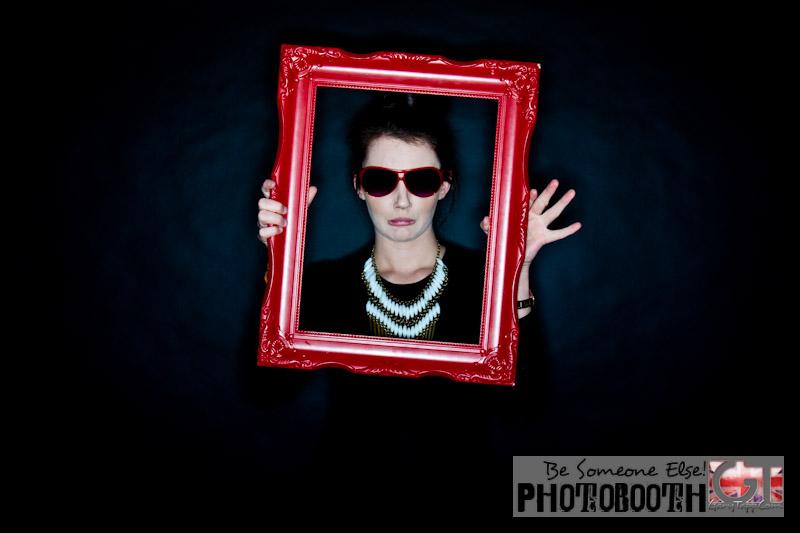201303-photo-booth-bar-miztvah-kempinski-0007