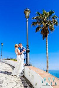 Bride and groom in Nerja