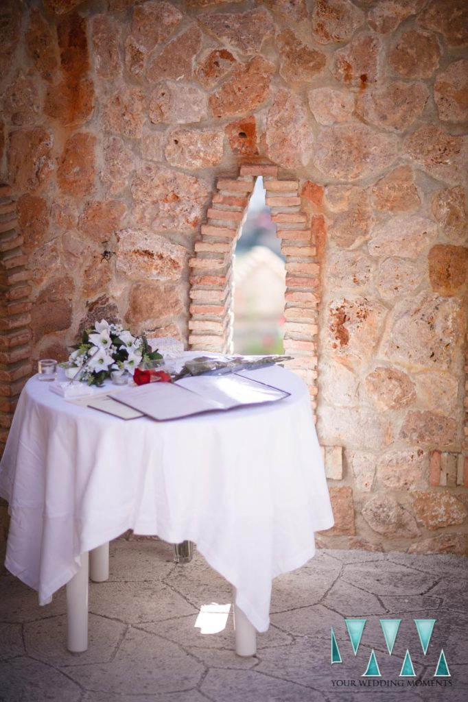 Castillo de Colomares wedding photographer