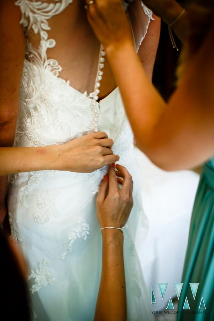 Bride preparations Wedding Photographer El Oceano Hotel