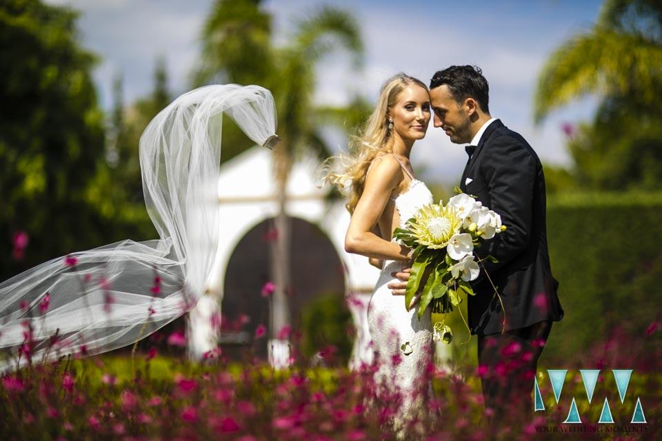 Villa Cisne wedding bride and groom
