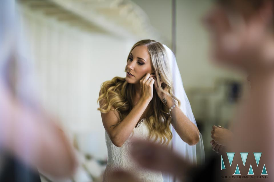 Villa Cisne wedding bride final touches