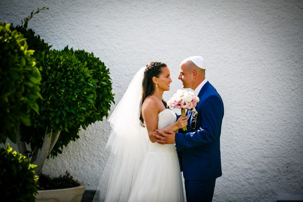wedding first look marbella spain pre jewish ceremony